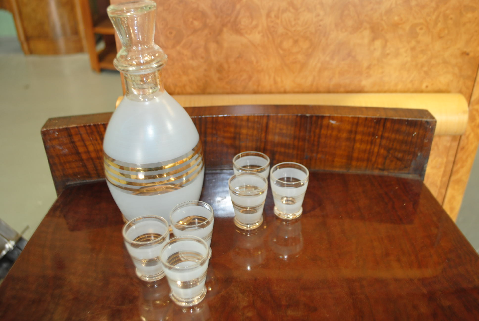 Art Deco Decanter And 6 Shot Glasses Cloud 9 Art Deco