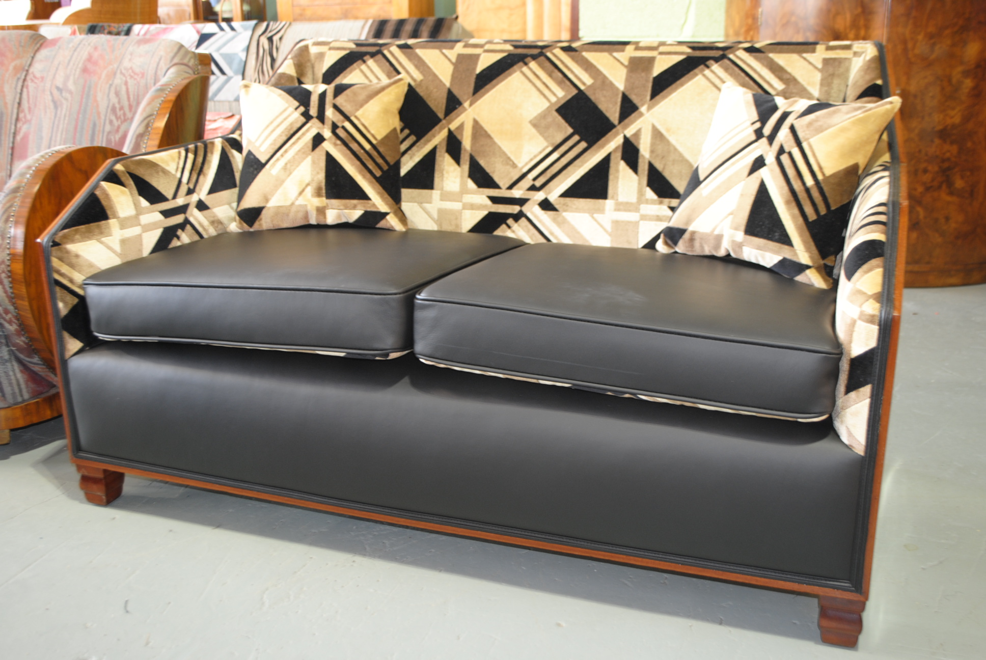 art deco sofa cloud 9 art deco furniture sales. Black Bedroom Furniture Sets. Home Design Ideas