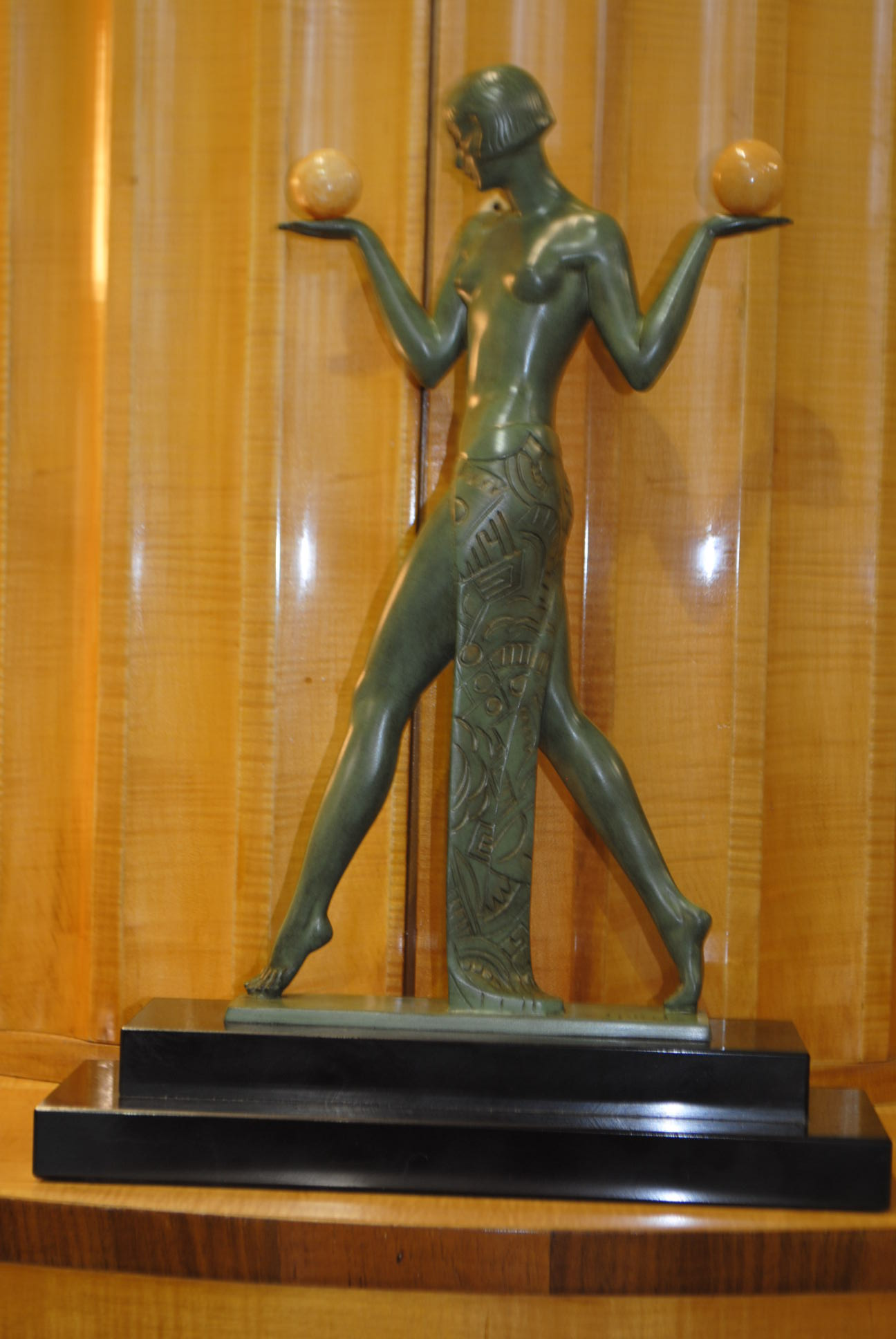Art deco figural sculpture pierre le faguays espana aux - Art deco espana ...