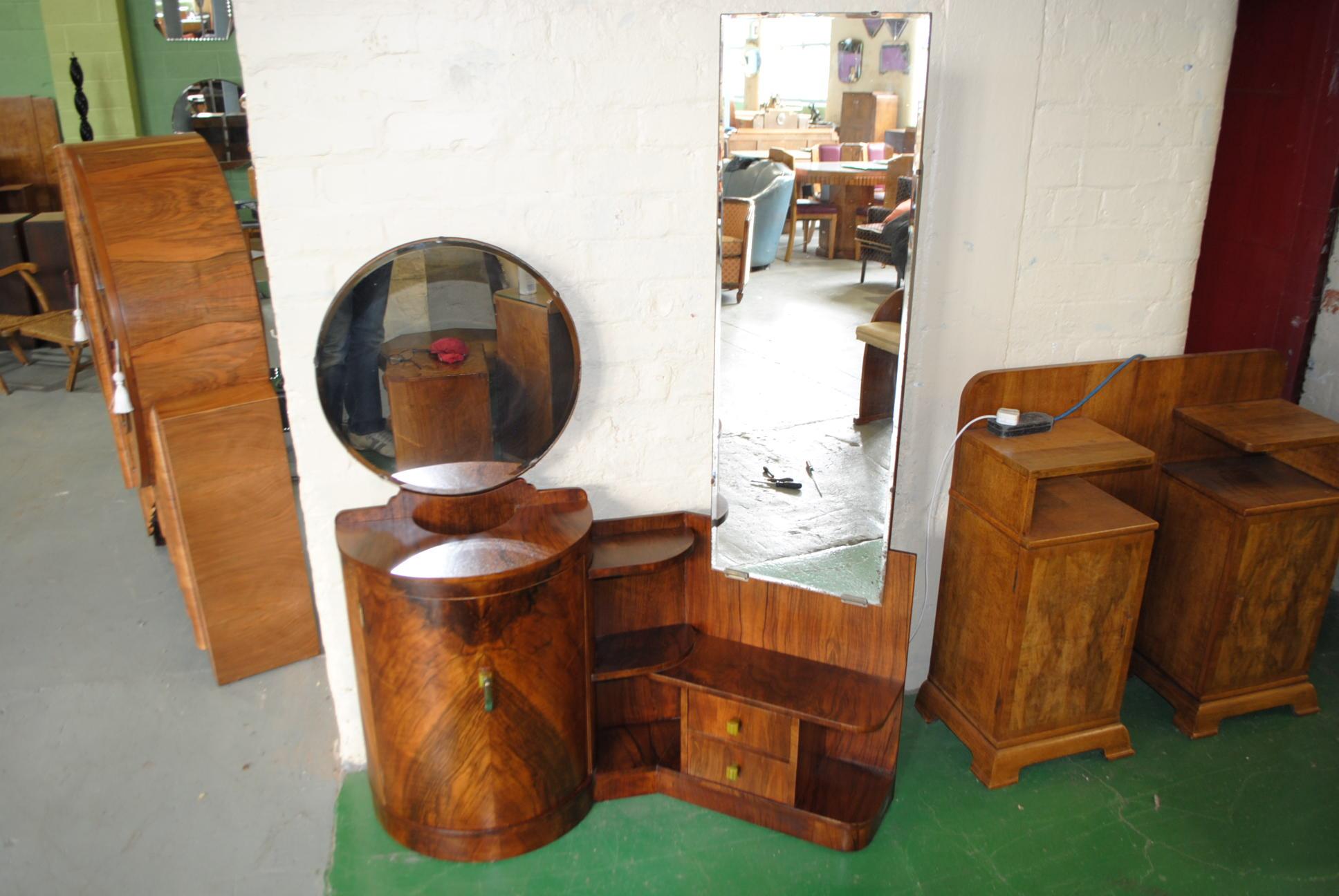 d co dressing table. Black Bedroom Furniture Sets. Home Design Ideas