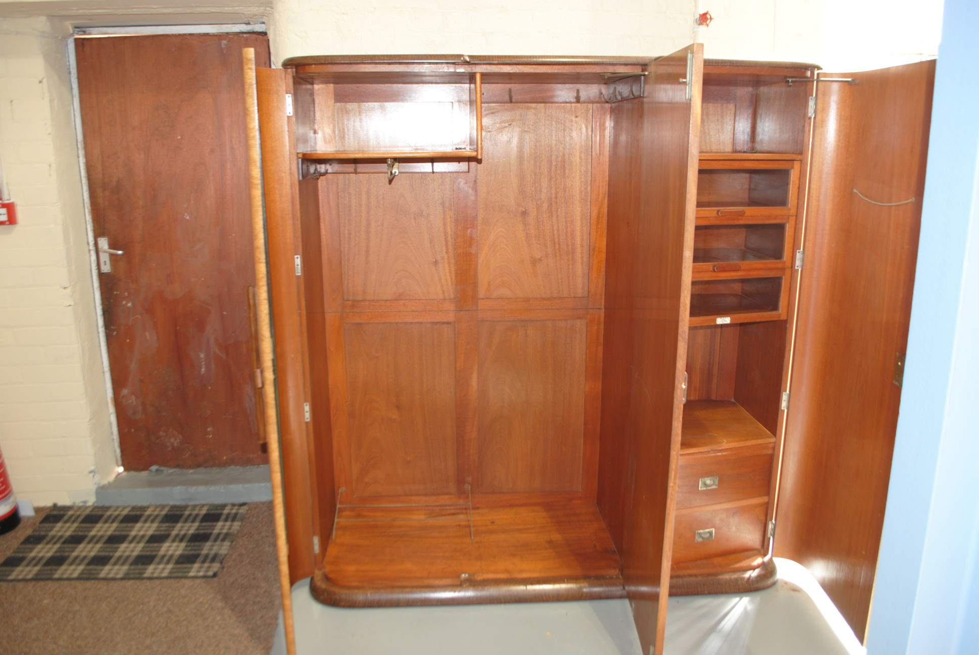 Bedroom Bureaus For Sale