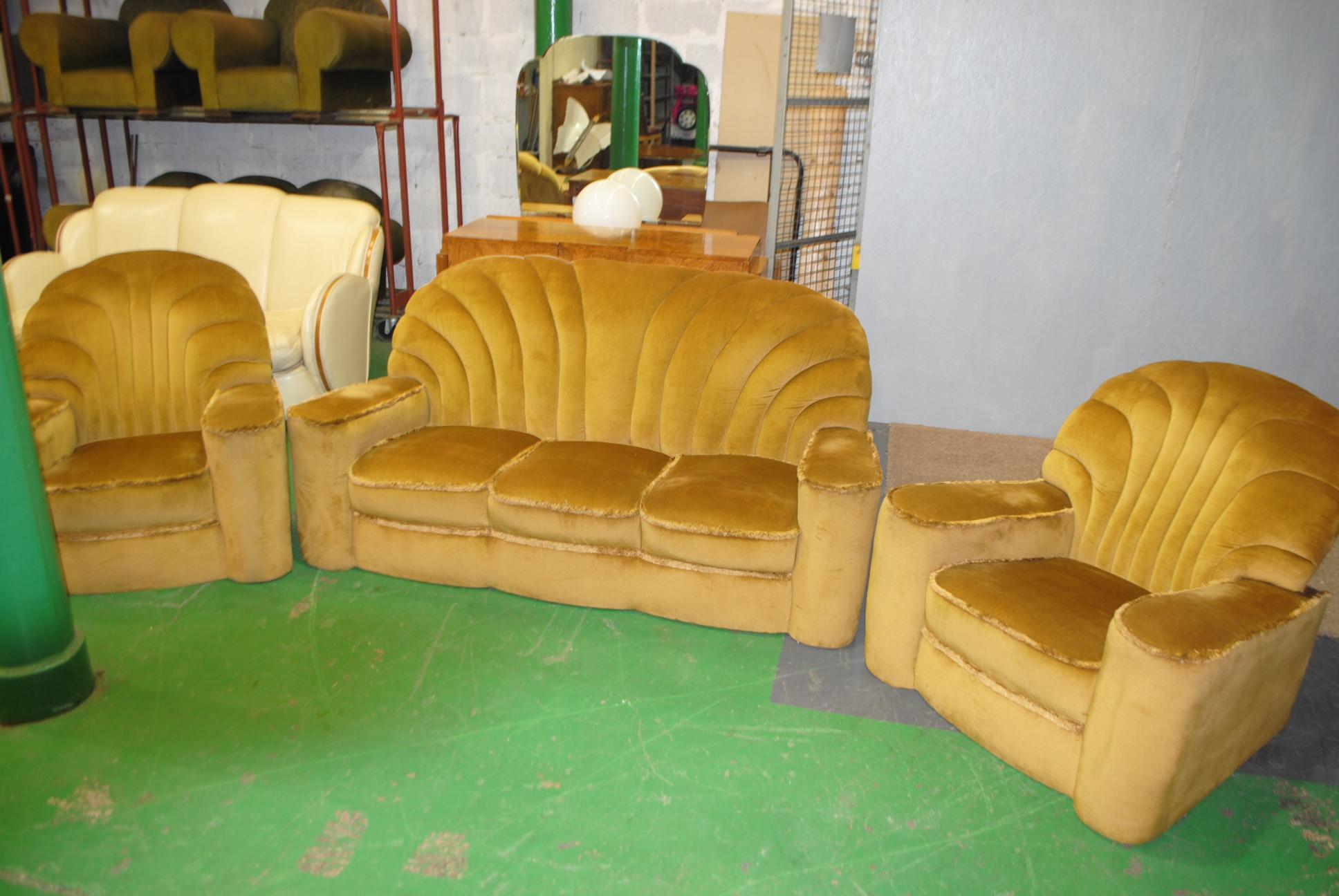 Art Deco 3 Piece Suite Shell Back Cloud 9 Art Deco