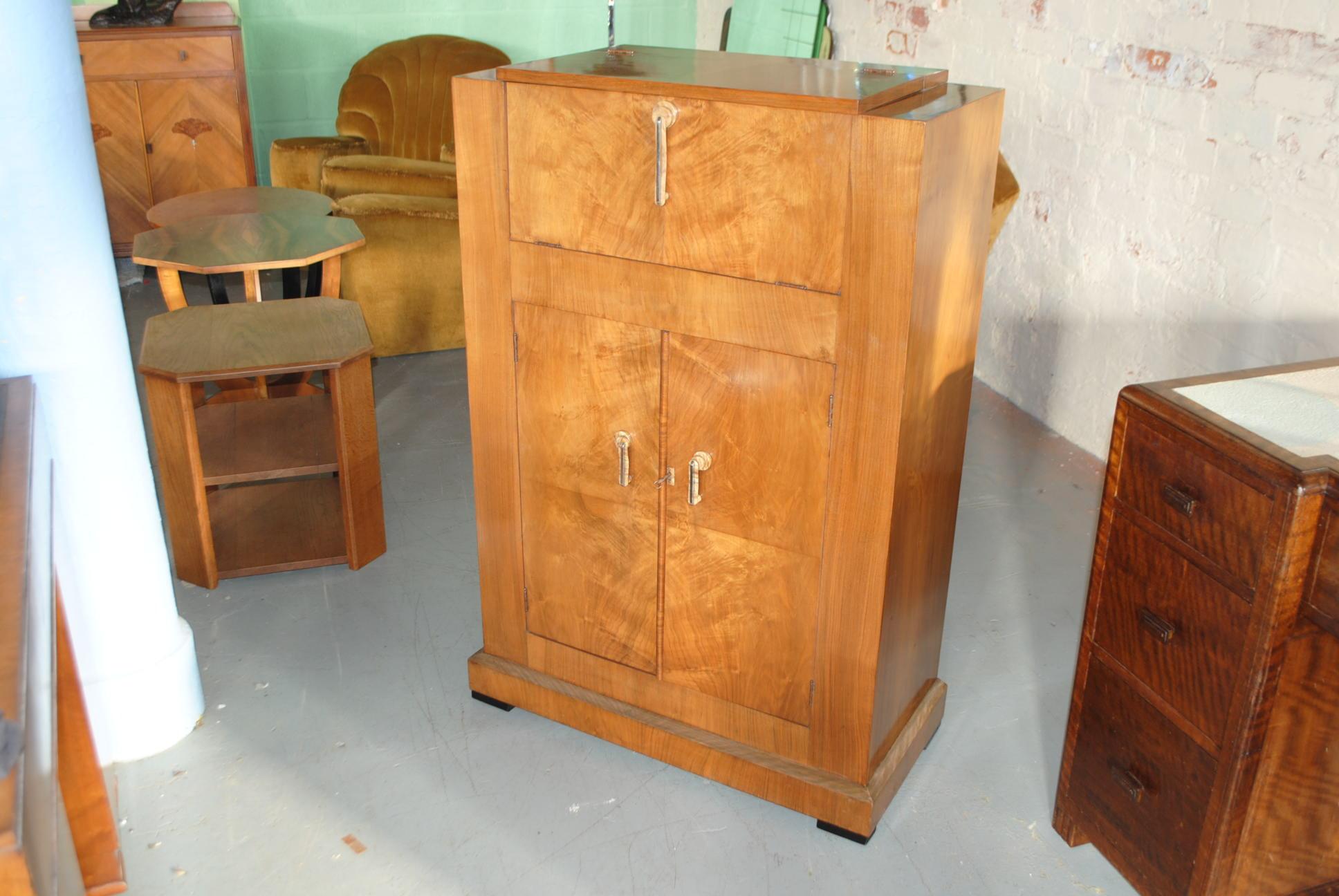 Art Deco Walnut Cocktail Cabinet F561 1